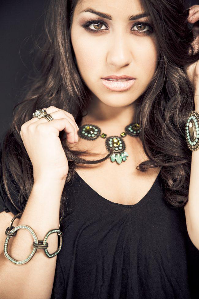 lifestyle jewelry photography